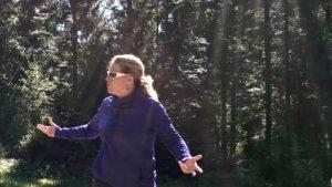 LAURIE SCHAEFFER LIESS RESPONSABLE RESSOURCES HUMAINES CHEZ HAGER découvre l'Outdoor Business Coaching avec D'un Pas Décidez