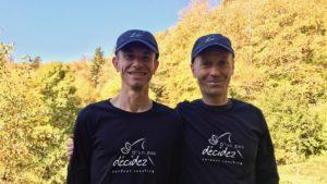 Deux business coach avec votre service pour l'outdoor coaching avec D'un pas Décidez