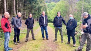 """Le groupe APM """"Strasbourg cathédrale"""" en Alsace bénéficie d'un accompagnement outdoor business coaching avec D'un pas Décidez"""